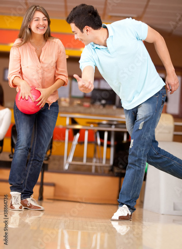Couple bowling