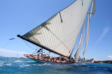 team spirit esprit d'équipe voilier regate mer ocean yachting