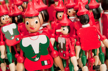 Pinokio - włoski drewnianych lalek