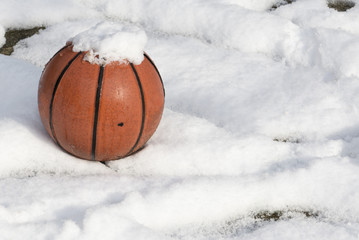 basketball and snow