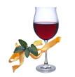 Rotweinglas mit Nudeln