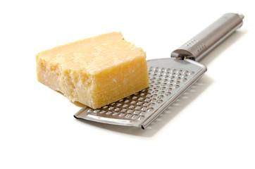 Parmesankäse mit Küchenreibe