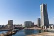 横浜ランドマークタワーと汽車道