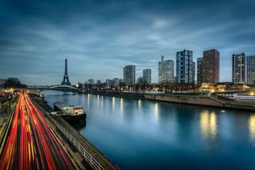 Paris immeubles modernes