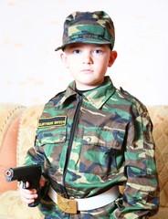 Мальчик в униформе