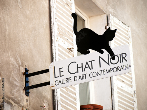 Black cat sign in Montmartre, Paris