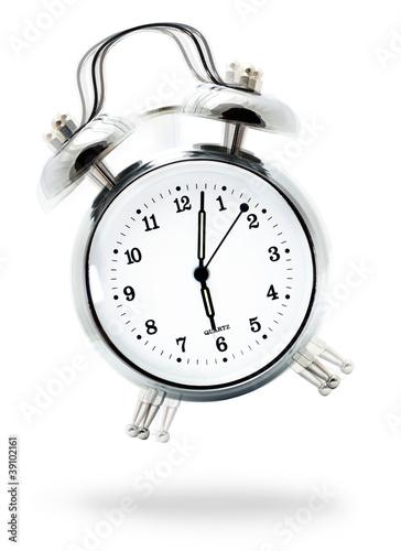 Clásico reloj despertador sonando - 39102161