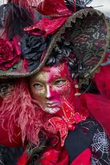 Maschera Carnevale Venezia rossa con cappello