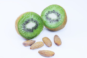 Kiwi fruit and almonds