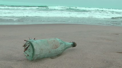 flasche am strand