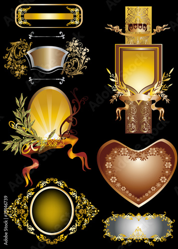 seven golden frames design