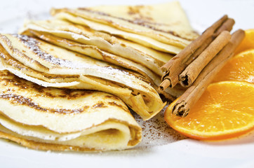 pancakes with orange si cinnamon