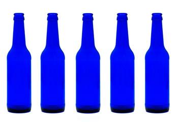 Blaue Flaschen aus Glas