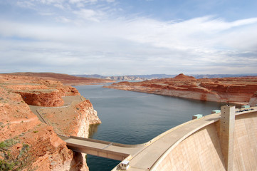 Glen Canyon Dam with Lake Powell,  nevada, usa