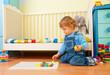 Baby assemble a mosaic