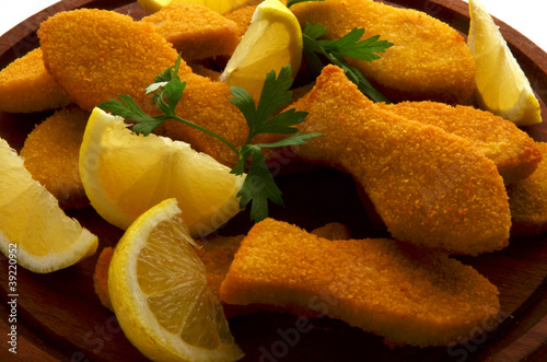 Fish sticks Bastoncini di pesce 鱼棒
