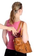 Taschendiebstahl Geldboerse aus Handtasche