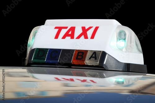 Signal lumineux d'un taxi en service