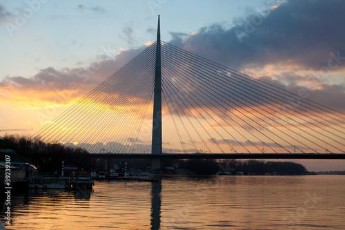 cable bridge Ada © aerogondo
