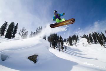 Amazing jump on a snowboard