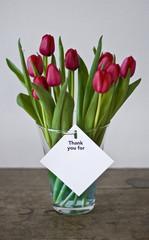 Blumenstrauß mit Notiz
