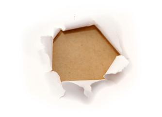 furo em papel