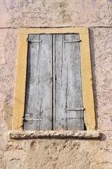 Finestra chiusa, Borghetto di Valeggio sul Mincio, Italia