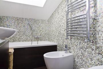 Bagno, sanitari, mosaico