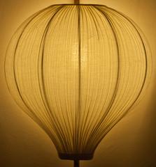 Nahaufnahme einer Zimmerlampe