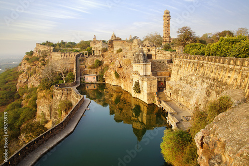 Foto Spatwand Vestingwerk Picturesque panorama of Cittorgarh Fort, India