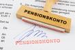 Holzstempel auf Dokument: Pensionsskonto