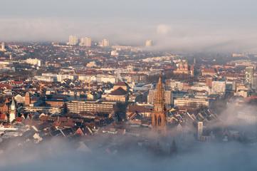 Freiburg im Breisgau, Altstadt im Morgennebel 4