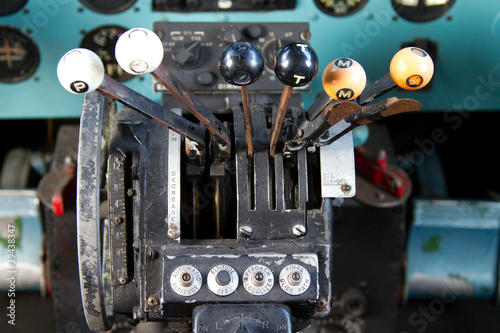 Cockpit of Douglas DC-3