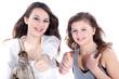 Teene Models mit Handtasche lachen und halten Daumen hoch