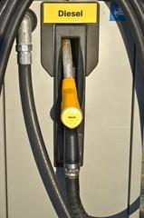 pompa di benzina
