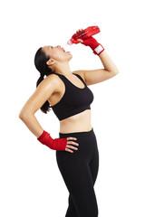 Frau boxing Pause 3