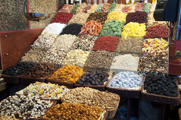 Sweets and dried fruits market