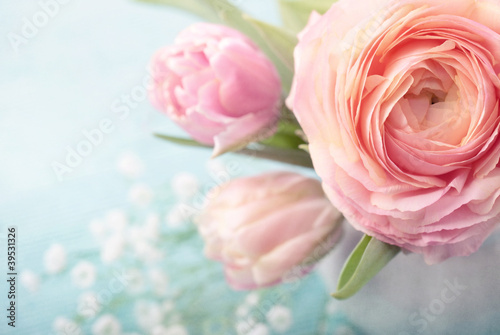Pink flowers - 39531326