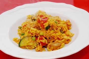 paella di pesce e verdure