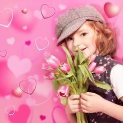 Mädchen mit Tulpen umrahmt von Herzen :-)