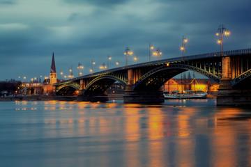 Theodor Heuss Brücke Mainz am Rhein