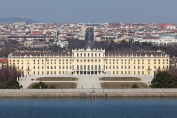 Schönbrunn mit Stadtbild Wien