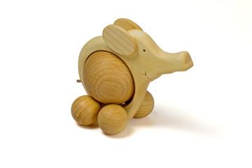 Elefant auf Rollen