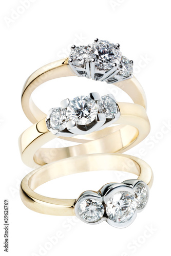 Three gold rings with Diamonds