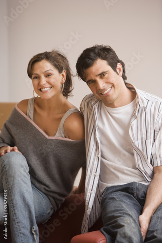 Young Hispanic couple smiling