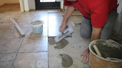Decorating with ceramic tiles