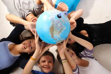 7.2011 Globus in der Luft