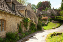 Traditional Cotswold Cottages in England. Bibury, UK.