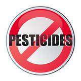 attention, traces de pesticides poster