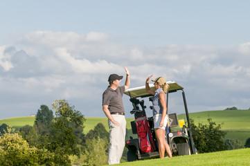 gemeinsam freuen beim Golf
